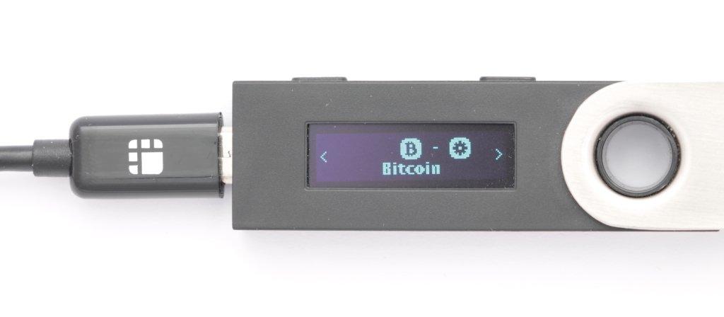 Ledger Nano S Bitcoin App