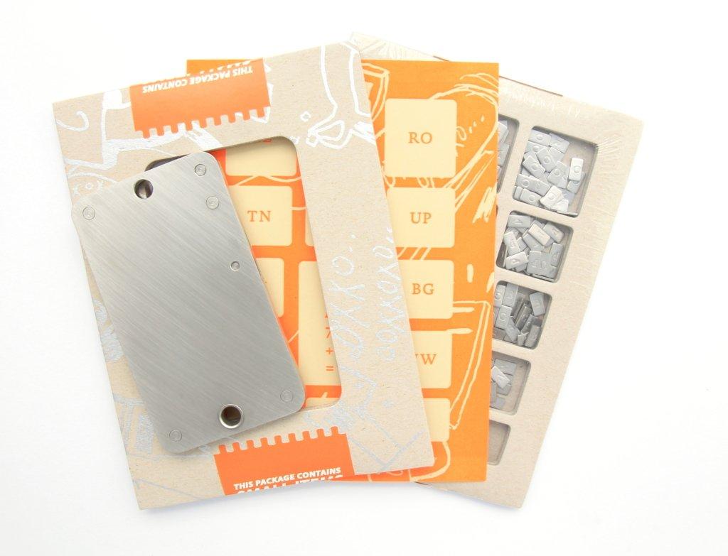 Cryptosteel Karton aufgeschnitten