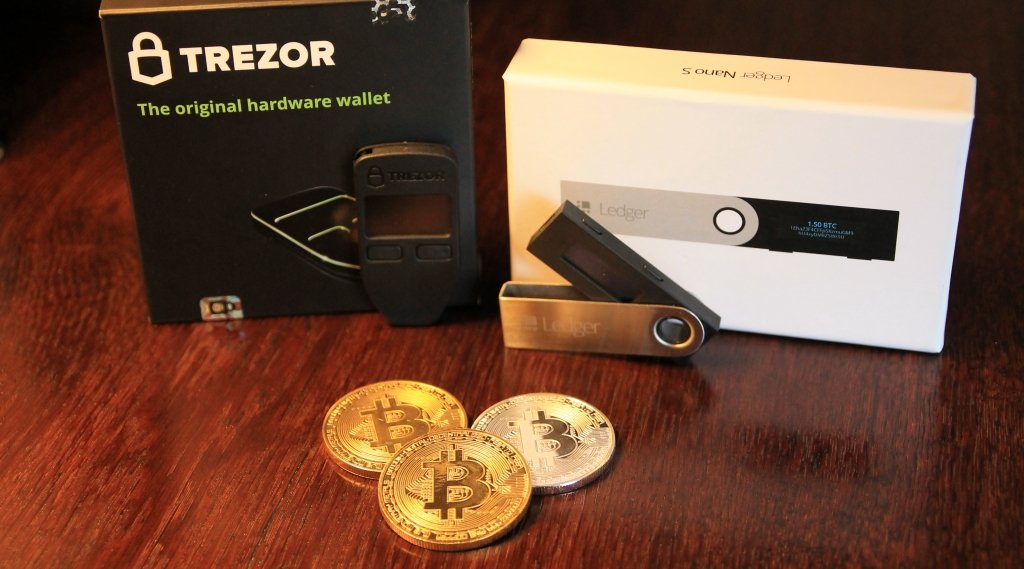 ledger nano s vs trezor