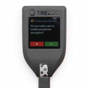 TREZOR T Passphrase Verschlüsselung aktivieren erlauben