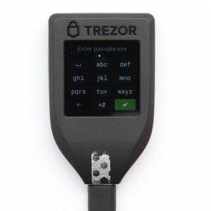 TREZOR T Passphrase Verschlüsselung eintippen TREZOR T